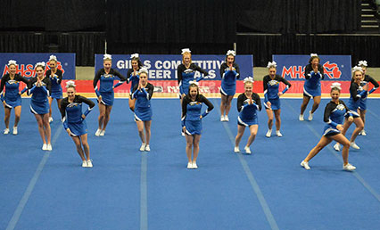 girls competitive cheer home